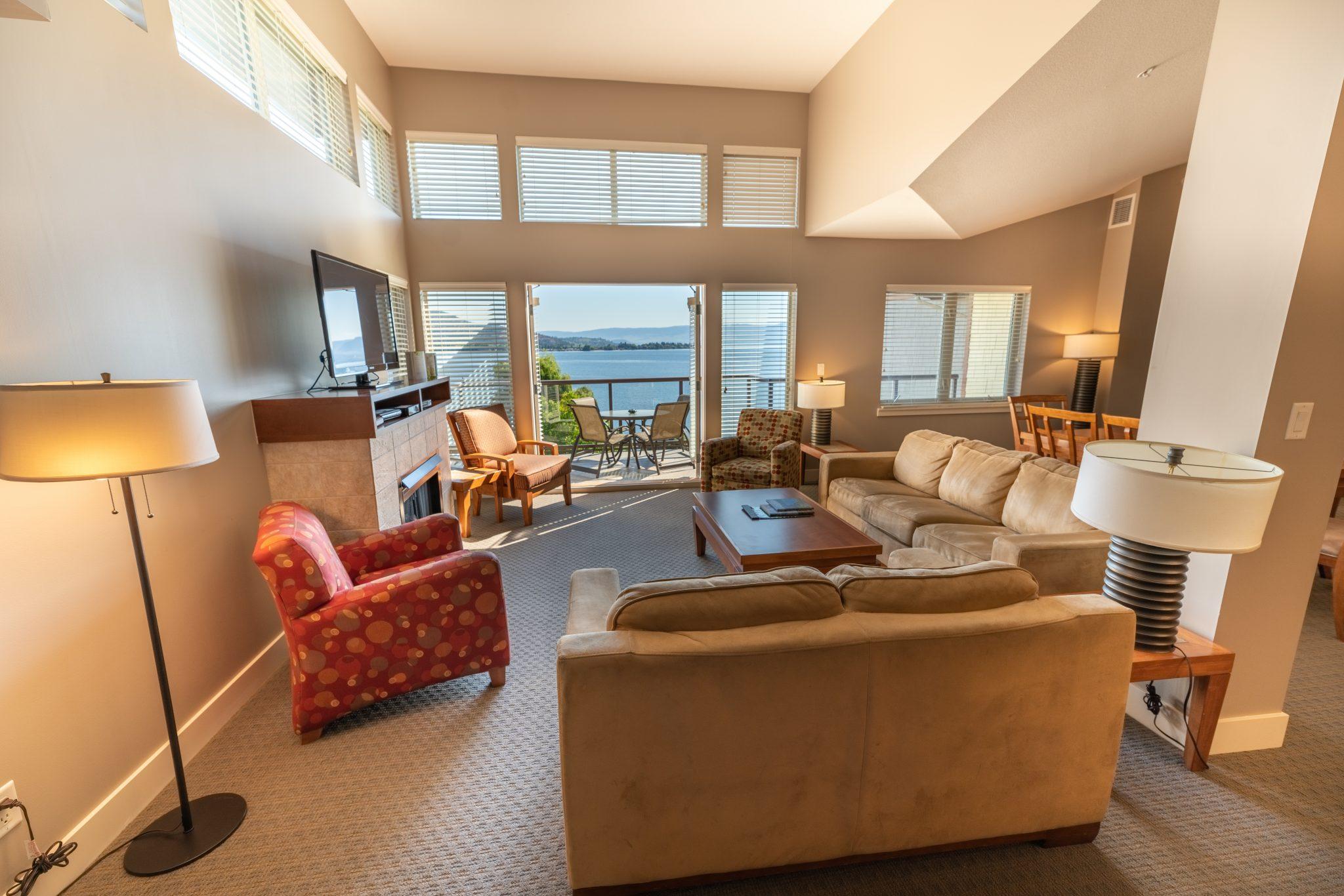 The-Cove-Lakeside-Resort-5